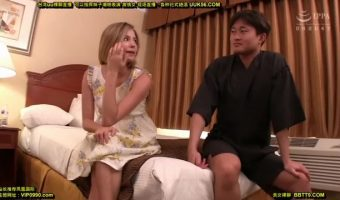 ハリウッド三郎を映画俳優と勘違いして声をかけてきた金髪美女を最寄りのホテルに連れ込んで即ハメ!